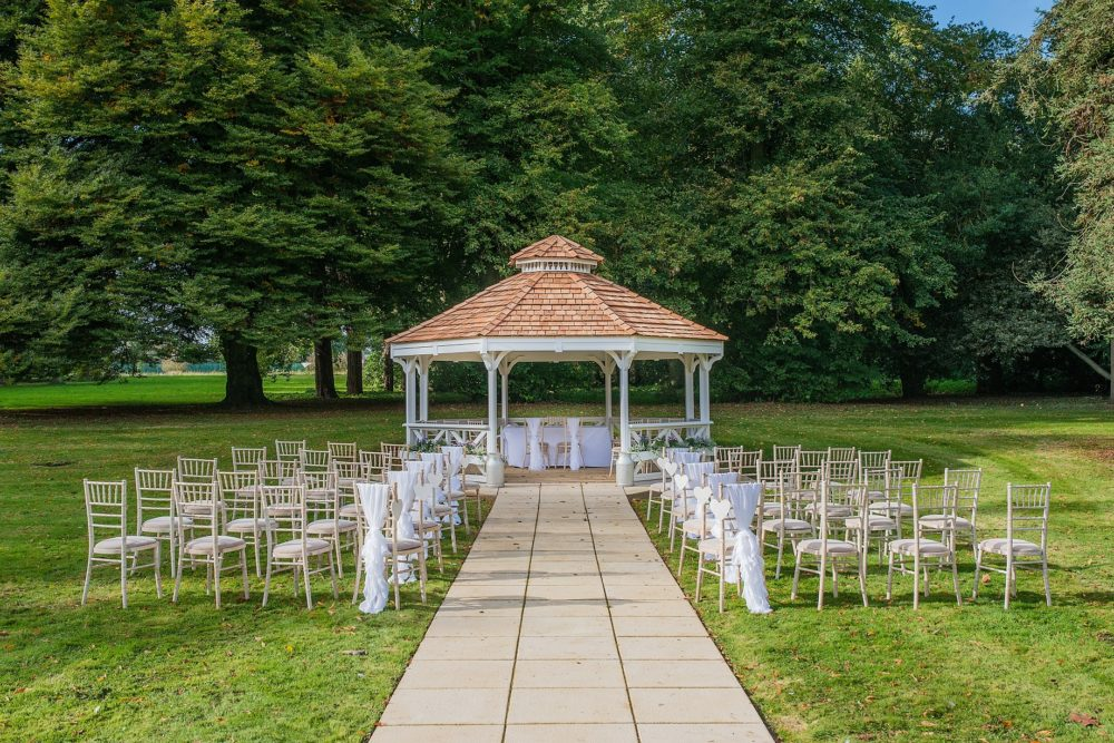 Outdoor Weddings At Orton Hall Hotel Spa Cambridgeshire